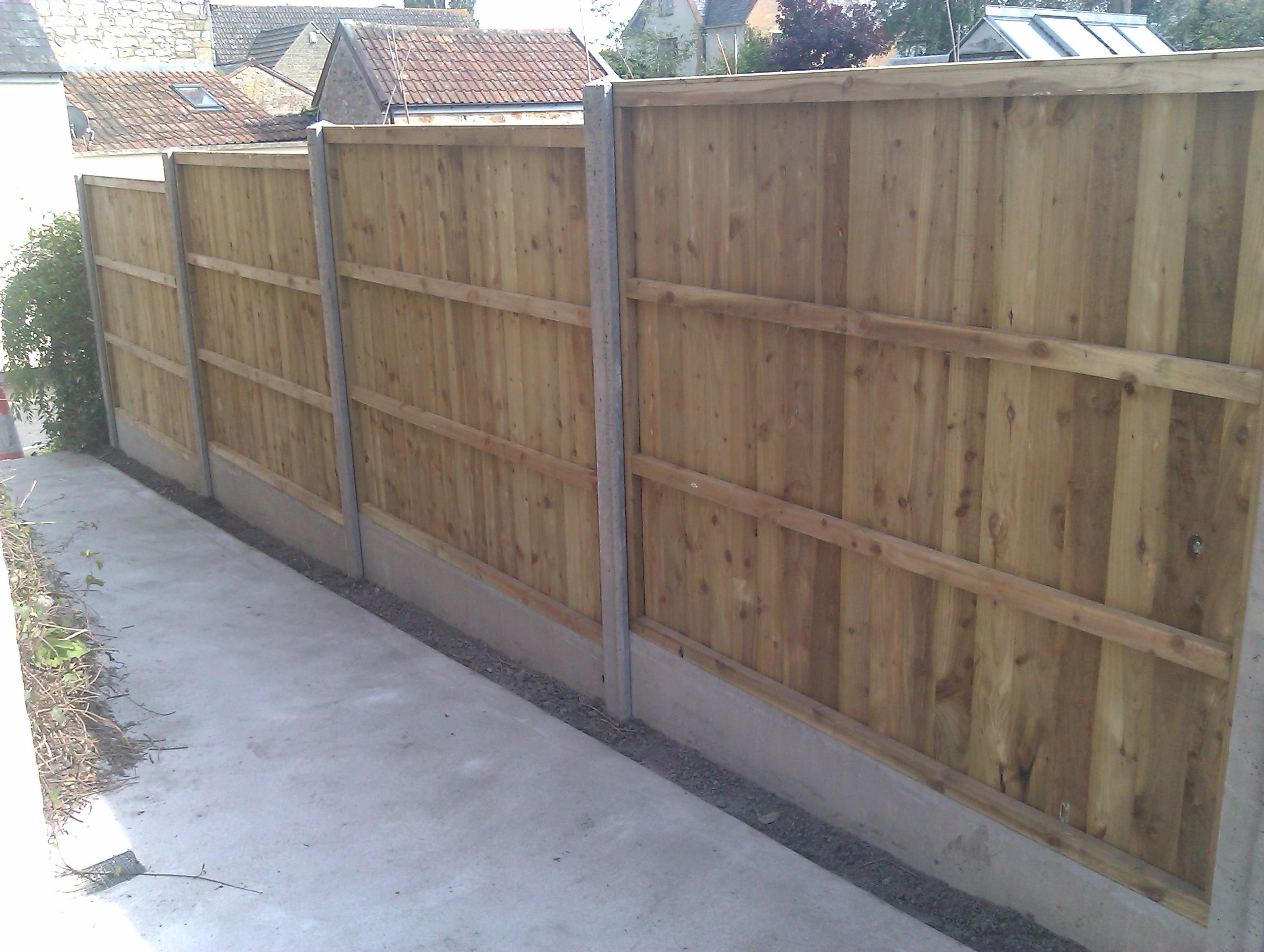 April 2013 andy smith fencing specialist close board panel fencing with concrete slotted posts and concrete gravel boards baanklon Gallery